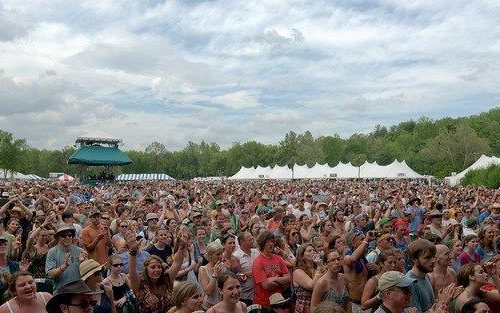 MerleFest_Crowd_during_Avett_Brothers_Performance_by_Jacob_Caudill